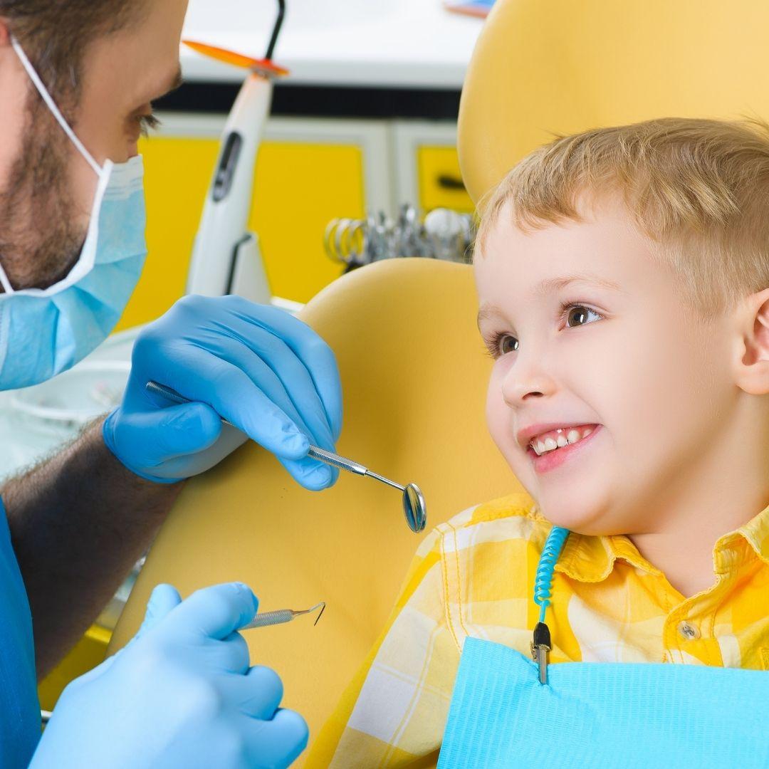 Oral Health Tips - child at dentist